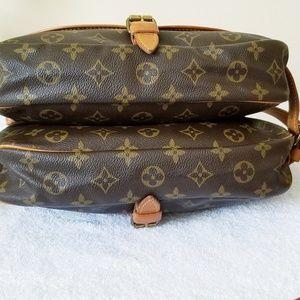 Louis Vuitton Bags - LV Saumur 30 authentic